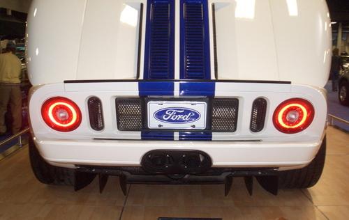 Ford_gt_rear